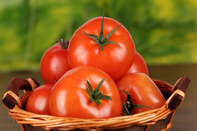 Ξεχάστε τη ΔΕΗ: Έρχεται το ρεύμα από ντομάτες