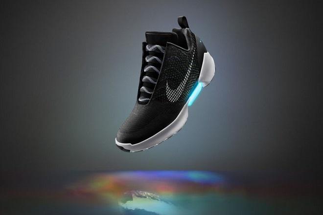 Τα νέα παπούτσια της Nike θα δένονται μόνα τους!
