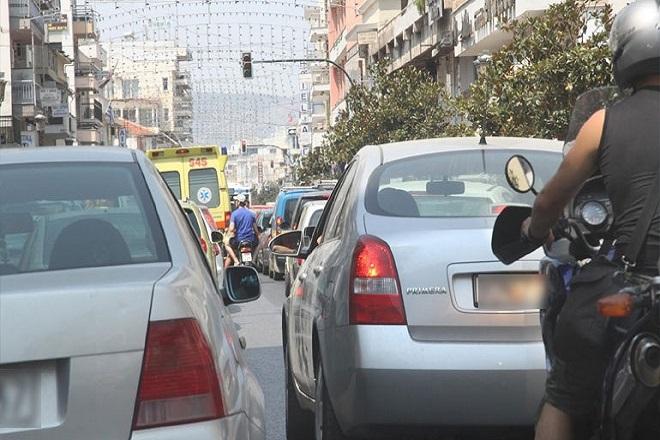 Πατούν «γκάζι» στους φόρους οι οδηγοί ανασφάλιστων οχημάτων