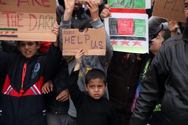 Διεθνής Αμνηστία: Να επωμιστεί η Ευρώπη την ευθύνη των προσφύγων στην Ελλάδα