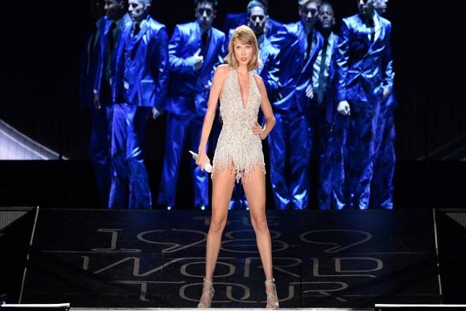 Πώς η Apple και η Taylor Swift βγάζουν αμύθητα ποσά με ένα βίντεο