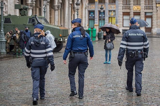 Εκκενώθηκε το κέντρο των Βρυξελλών – Εντοπίστηκε ύποπτος άνδρας