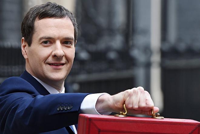 Τα φορολογικά του στοιχεία για το 2014/2015 έδωσε ο ΥΠΟΙΚ της Βρετανίας