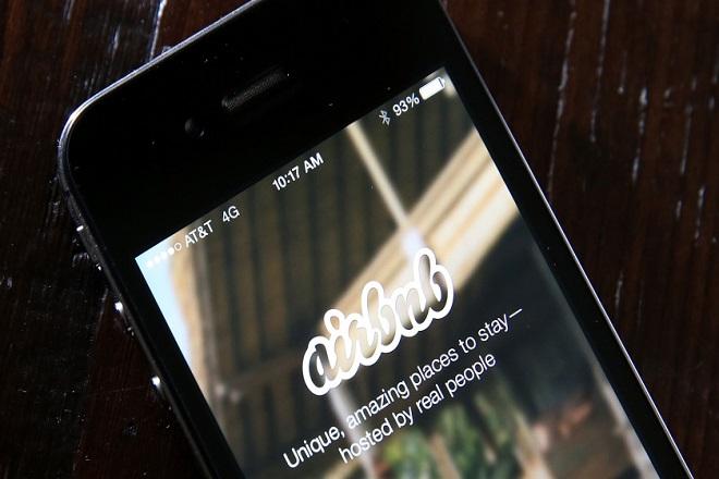 Κρατήσεις σε εστιατόρια και μέσω…Airbnb