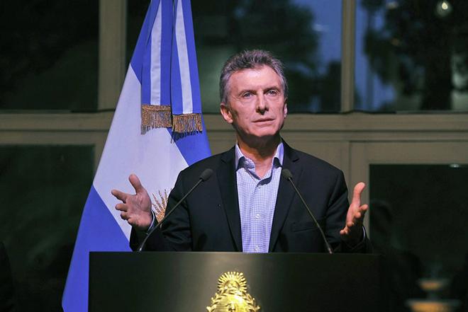 Ξανά στις αγορές με επιτόκια – «φωτιά» η Αργεντινή