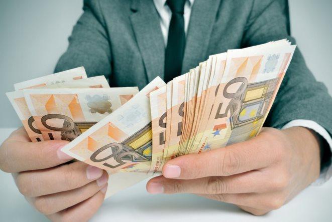 Δύο δισ. ευρώ υποχρεώσεις σε εννέα μέρες για τους φορολογούμενους