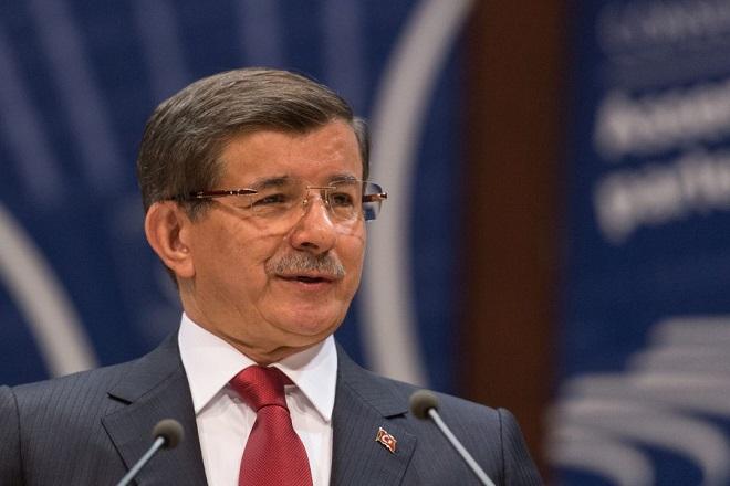Νταβούτογλου: Η συμφωνία ΕΕ-Τουρκίας δεν μπορεί να εφαρμοσθεί χωρίς την κατάργηση της βίζας