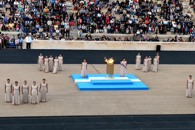 Η Αθήνα παρέδωσε την Ολυμπιακή Φλόγα στο Ρίο