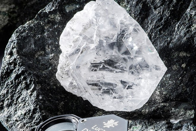 Lucara Diamonds - 1111ct and 813ct Stones