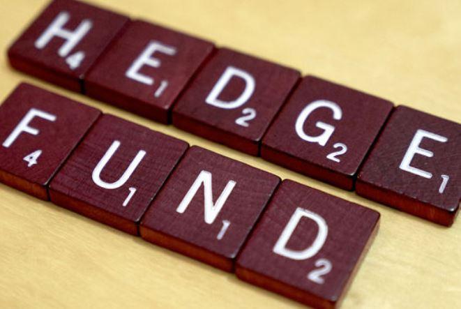 Τα hedge funds σε όλο τον κόσμο μειώνουν τις αμοιβές διαχείρισης