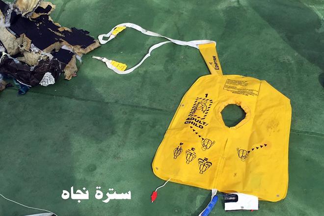 Σε ένα μήνα θα μάθουμε τα αίτια της συντριβής του αεροσκάφους της EgyptAir