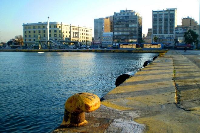 48ωρες απεργίες στα λιμάνια Πειραιά και Θεσσαλονίκης από την Πέμπτη
