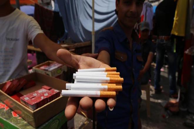 Απώλεια 637 εκατ. ευρώ για το κράτος από το παράνομο εμπόριο καπνού