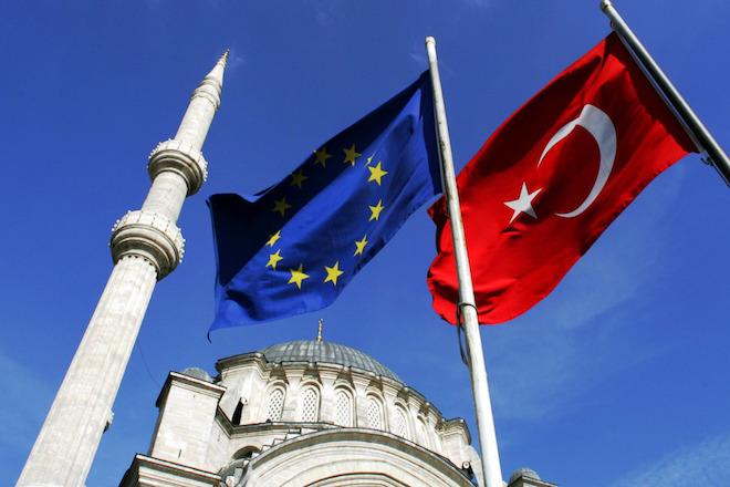 Γερμανικά ΜΜΕ: Περικοπές κονδυλίων προς την Τουρκία προετοιμάζει η ΕΕ