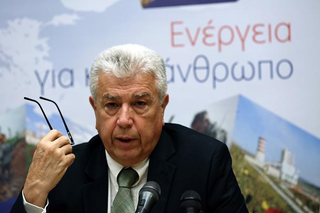 Ο πρόεδρος της ΔΕΗ Μανώλης Παναγιωτάκης μιλάει κατά τη διάρκεια συνέντευξης Τύπου στα κεντρικά γραφεία της ΔΕΗ στην Αθήνα, την Τετάρτη 8 Ιουνίου 2016. ΑΠΕ-ΜΠΕ/ΑΠΕ-ΜΠΕ/ΣΥΜΕΛΑ ΠΑΝΤΖΑΡΤΖΗ