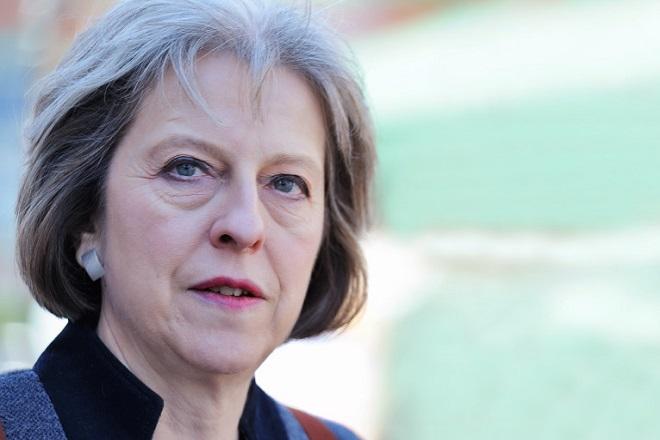 Σύσκεψη με την επιτροπή διαχείρισης κρίσεων θα έχει η Μέι στη σκιά της τρομοκρατικής επίθεσης