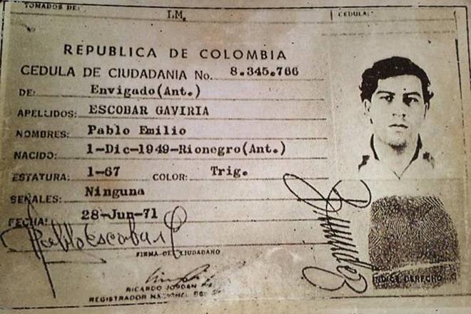 Δέκα ασύλληπτα πράγματα που δεν γνωρίζατε για τον Pablo Escobar