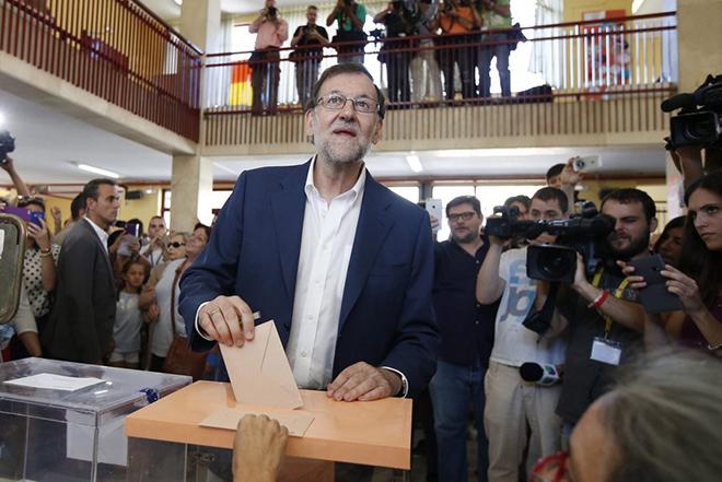 Εμπλοκή στην Ισπανία: Σοσιαλιστές και Ciudadanos δεν στηρίζουν Ραχόι