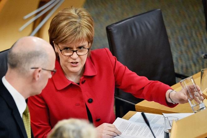 Στέρτζον: «Η Σκωτία θα παραμείνει στην Ευρωπαϊκή Ενωση»