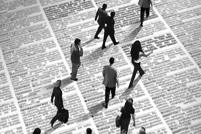 Οι μισοί νέοι εργαζόμενοι έχασαν σε επτά χρόνια τις δουλειές τους