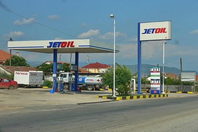 Πώς οι φόροι και η κρίση «έσβησαν» τις εταιρείες καυσίμων με πρώτο το Μαμιδάκη