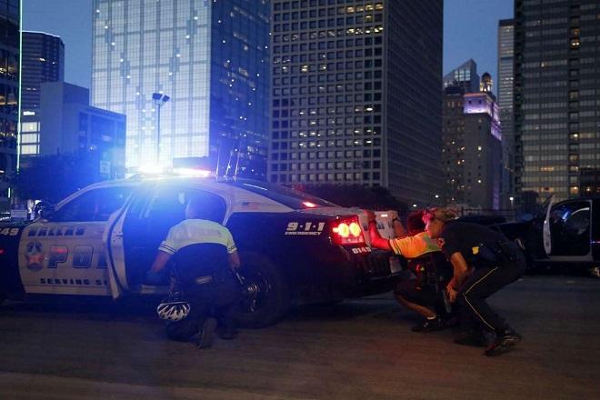 Νέο μακελειό με νεκρούς αστυνομικούς και τραυματίες στο Ντάλας