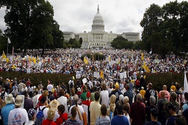 ΗΠΑ: Χιλιάδες άνθρωποι διαδήλωσαν ενάντια στην αστυνομική βία