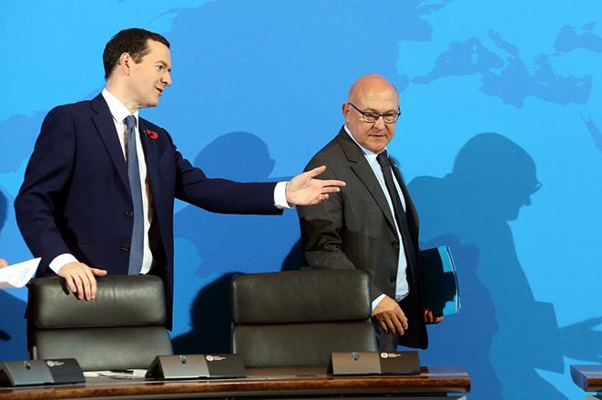 Φουντώνει νέα γαλλο-βρετανική «μάχη» με αφορμή τη φορολόγηση των επιχειρήσεων