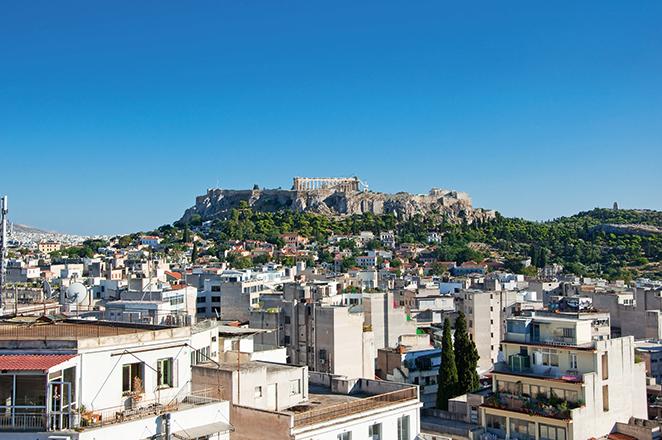 Ερώτηση 45 βουλευτών του ΣΥΡΙΖΑ στη Βουλή για την «τεράστια εξάπλωση» του AirBnB