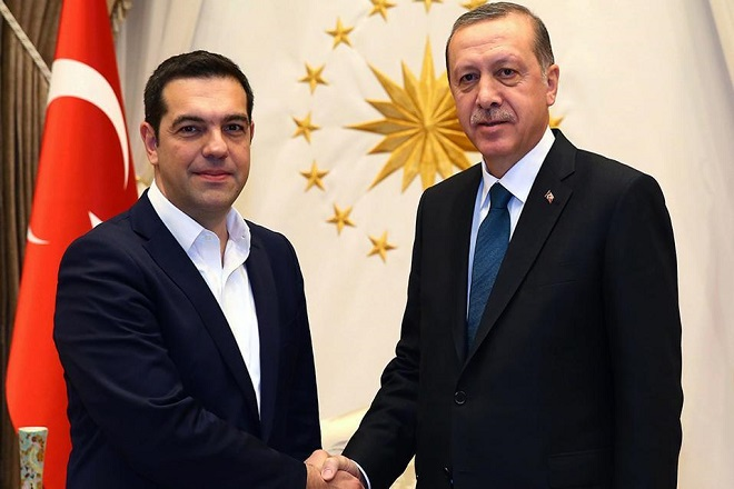 Handelsblatt: Επικίνδυνη για τη σχέση Τουρκίας-Ελλάδας η σύλληψη των δυο στρατιωτικών