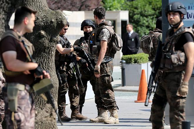 Τουλάχιστον 17 τραυματίες σε δύο βομβιστικές επιθέσεις στην νοτιοανατολική Τουρκία
