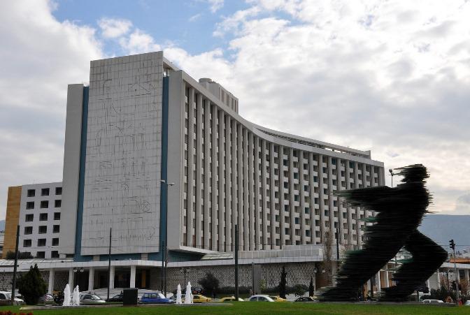 Hilton Αθηνών: Το ξενοδοχείο ορόσημο της ελληνικής πρωτεύουσας αλλάζει χέρια