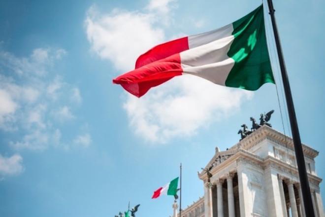 Il Sole-24 Ore: Με την πίεση των spread η Ρώμη προσεγγίζει επικίνδυνα τα επίπεδα της ελληνικής οικονομίας