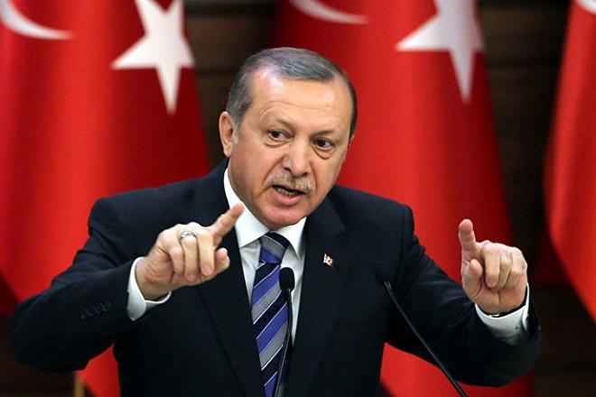 Ο Ερντογάν κατηγορεί τώρα την Ε.Ε. επειδή «στήριξε οικονομικά» την Ελλάδα και όχι την Τουρκία