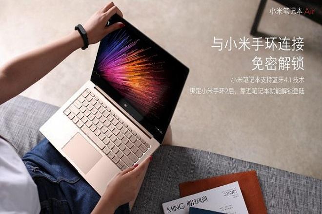 Αυτός ο υπολογιστής είναι ο αντίπαλος του MacBook Air και κοστίζει τα μισά χρήματα
