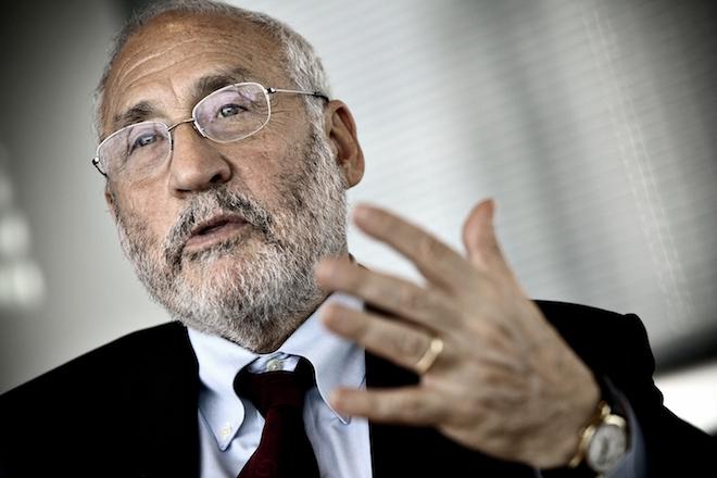 Στίγκλιτς: Καταργήστε το ευρώ – Τα κατασκευαστικά του λάθη είναι αξεπέραστα