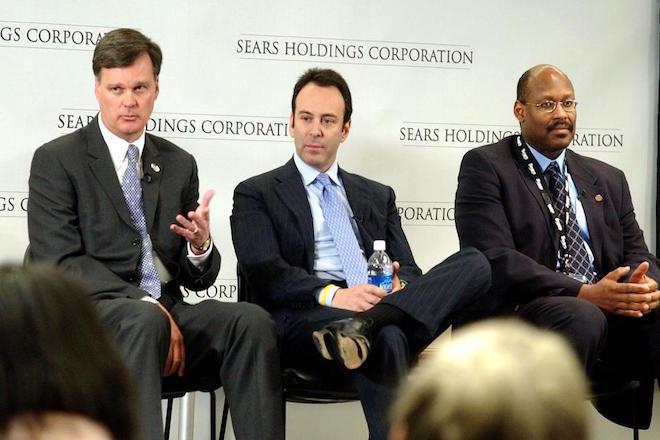 Γιατί η Sears αναγκάστηκε να δανειστεί άλλα 300 εκατομμύρια δολάρια από τον CEO της