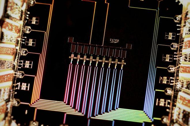 Η Google ετοιμάζεται να κάνει την έκπληξη με τον πρώτο κβαντικό υπολογιστή
