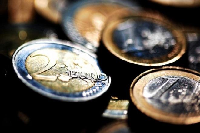 Ifo: Έξοδος από το ευρώ και ολική διαγραφή χρέους για την Ελλάδα