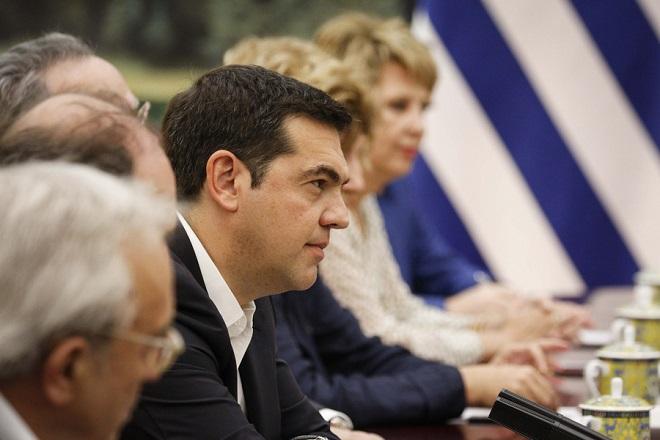 Le Monde: Ο Τσίπρας προειδοποιεί για διάλυση της Ευρώπης