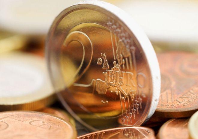 Σε νέο υψηλό τριετίας «σκαρφάλωσε» το ευρώ