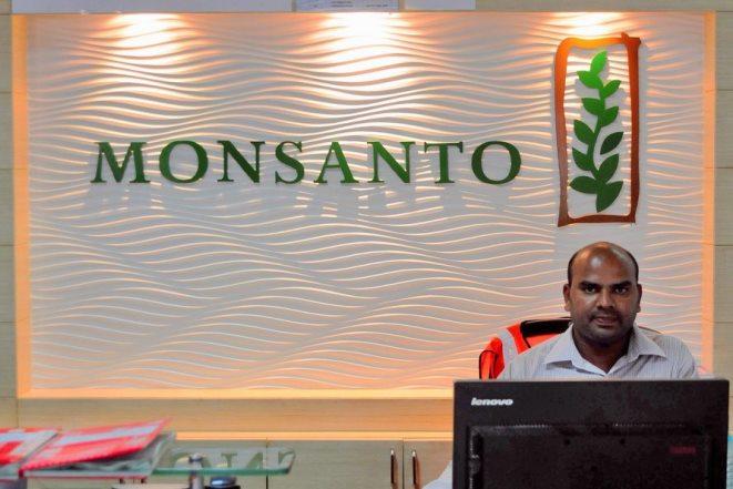 «Κλείδωσε» η συμφωνία συγχώνευσης της Bayer με τη Monsanto