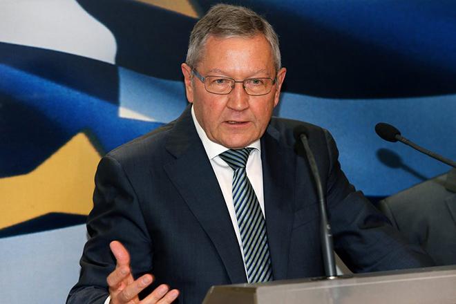 Τετ α τετ των Ελλήνων τραπεζιτών με τον Κλάους Ρέγκλινγκ