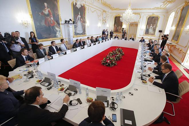 Οι πρώτες τοποθετήσεις Ευρωπαίων ηγετών στη Σύνοδο της Μπρατισλάβας
