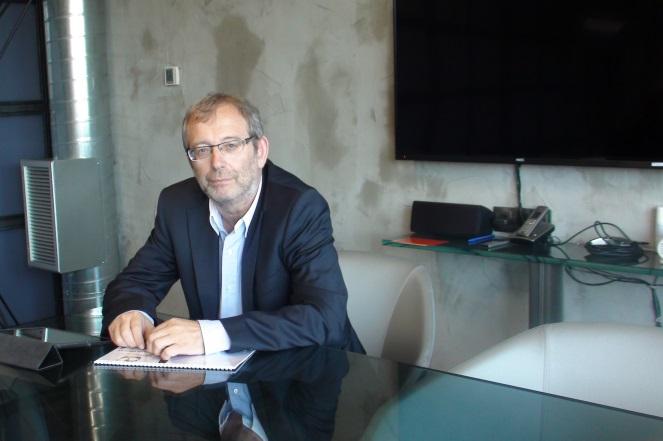 Sirecled: Η εταιρεία που φωτίζει με led την ελληνική βιομηχανία