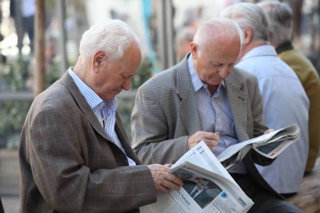 Μειωμένοι κατά 2,5 εκατ. αναμένεται να είναι οι Έλληνες μέχρι το 2050