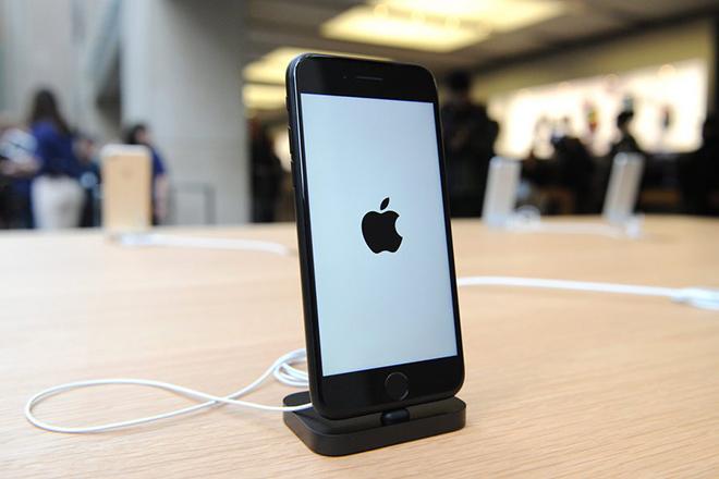 Πόσα iPhone 7 πουλήθηκαν σε μια εβδομάδα στην Ελλάδα