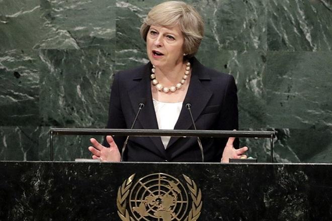 Μέι: Η Βρετανία δεν θα απομονωθεί μετά το Brexit
