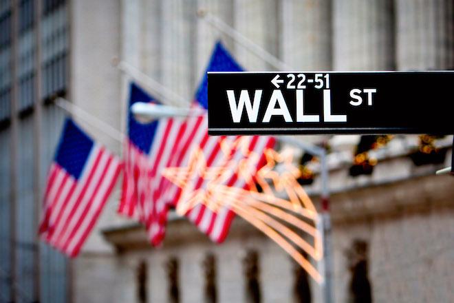 Με σημαντική άνοδο έκλεισε η Wall Street – Ανάκαμψη στις μετοχές εταιρειών
