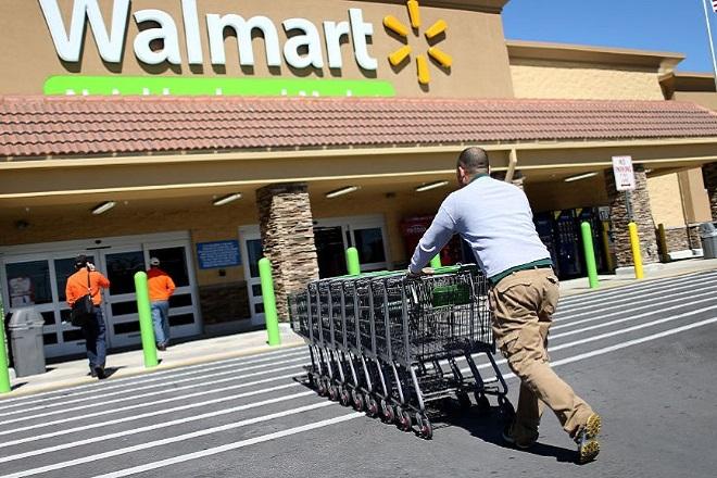 Η Walmart, η «μάχη» της Ινδίας και η επένδυση ενός δισ. δολαρίων